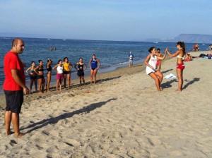 Allenamenti in spiaggia atlete della Semper