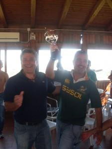 Presidente D'Agostino premia il capitano HCU Catania, Santo Giuffrida