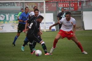 Mirko Guadalupi in azione contro la Vigor Lamezia all'esordio stagionale in Coppa