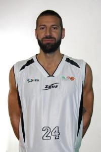 Ivan Riva con la nuova maglia di Sora