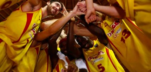 La soddisfazione dei giocatori di Barcellona a fine partita