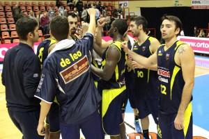 La felicità dei giocatori di BArcellona dopo la vittoria a Forlì