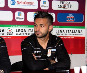 """Il capitano del Messina Saro Bucolo nella sala stampa del """"Pinto"""" (foto Paolo Furrer)"""