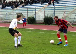 Una fase dell'ultimo Casertana-Messina, del 2010-11 (foto sportcasertano.it)