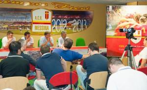 Una fase della conferenza stampa di presentazione della campagna abbonamenti