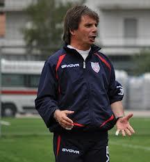 """Eziolino Capuano, ex allenatore dei """"falchettii"""""""