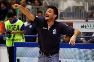 Gianmarco Pozzeco, detta le indicazioni in gara