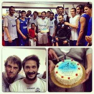 Festa del 1° anno da coach di Pozzecco a Capo d'Orlando