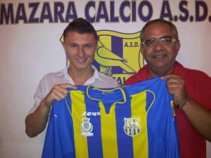 Il rumeno Adrian Bica Badan nel giorno della presentazione a Mazara. Ex Catania e Milazzo, torna quindi in provincia di Messina a distanza di qualche stagione