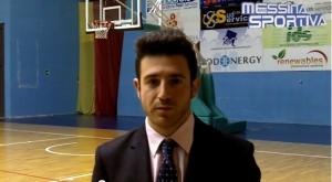 L'allenatore giallo-viola Luigi Biondo