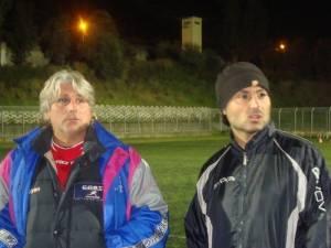 da sinistra il preparatore atletico Pippo Bonarrigo e l'allenatore Giannicola Giunta (scatto di www.asdtorregrotta.it)
