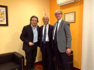 Nella foto il presidente regionale dell'Ussi Roberto Gueli, il presidente regionale del Coni Giovanni Caramazza e il segretario regionale dell'Ussi Nino Randazzo.