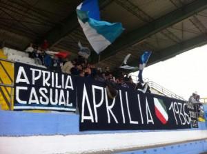 La tifoseria dell'Aprilia ha potuto celebrare il successo colto contro la capolista Cosenza
