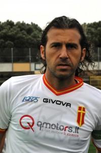 Un primo piano di Giorgio Corona, partner ideale d'attacco per Caturano ed inevitabile punto di riferimento per la giovane punta