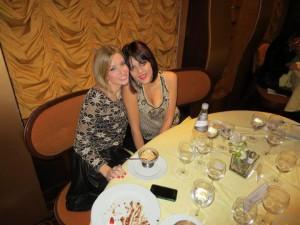 Isabella e Martina a tavola