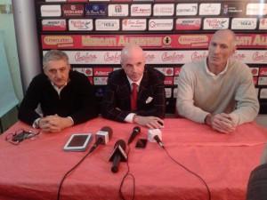 In conferenza stampa anche il general manager Antonello Riva