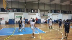 Un'azione offensiva del Basket School