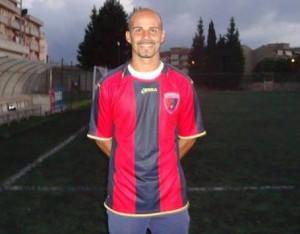 Il difensore Cristiano Parisi
