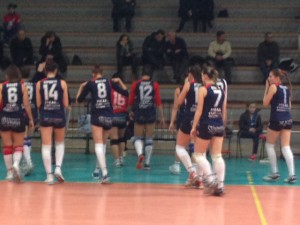 Le ragazze dell'Effe Volley si preparano al match