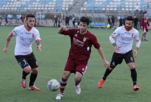 Franco e Bucolo in azione contro la Desport Gaggi, Esordio con gol per il centrocampista ex Paganese (foto Paolo Furrer)