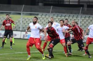 Enrico Pepe nel corso del match di Foggia (foto Cuteri)