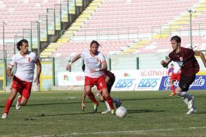 Corona e Maiorano in pressing (foto Luca Maricchiolo)