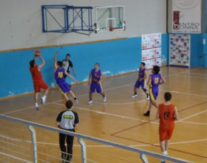 Salvatore_Garreffa_al_tiro_Amatori_Basket_Messina_Castanea_Promozione