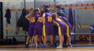Le ragazze della capolista Castanea Basket 2010