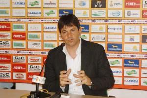 Nello Di Costanzo, allenatore dell'Aversa Normanna