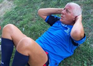 """Nicosia mentre sgobba sul campo d'allenamento del """"Messina Sud"""" (scatto di R.S.)"""