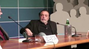 Nino Frassica nel corso della conferenza in cui è stato presentato il libro di Vincenzo Bonaventura