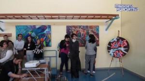 """Le opere sono state mostrate nella palestra dell'istituto """"Basile"""""""