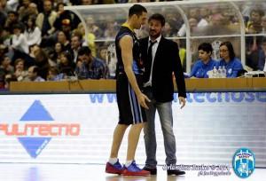 Gianmarco Pozzecco col capitano Matteo Soragna