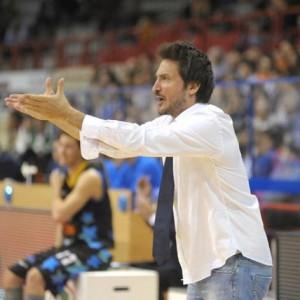 Gianmarco Pozzecco è stato espulso per un doppio fallo tecnico