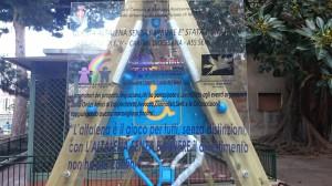 """La targa con cui gli """"Amici di Edy"""" hanno ringraziato chi ha contribuito all'iniziativa"""