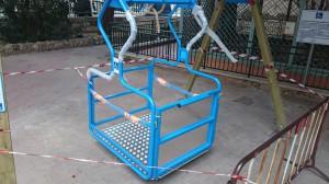 L'altalena per disabili installata all'interno di Villa Mazzini