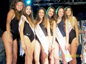Le ragazze già fasciate nelle precedenti selezioni: da sinistra Elisabetta Lucchese, Chiara Ferrara, Andrea Demana, Annalisa Rizzo, Desirèe Mazza e Silvia Cambrìa (scatto di R.S.).