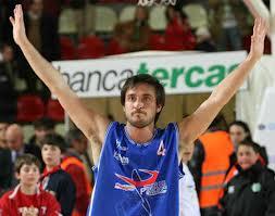 Pozzecco, atleta con la maglia dei paladini nella stagione 2007/08 in Serie A