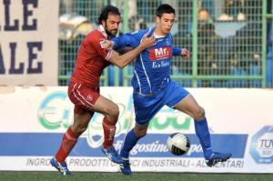 L'esterno Francesco Agresta in azione sempre con la maglia della formazione campana
