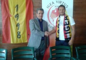 Il presidente dell'Igea Virtus Nino Grasso ed il neo-tecnico Carmelo La Spada
