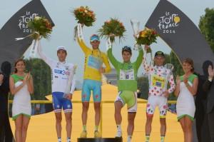 Il podio del Tour de France al gran completo