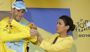 Vincenzo indossa per l'ottava volta in dieci tappe la maglia simbolo del primato