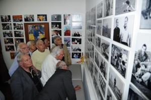 Un momento dell'inaugurazione della mostra permanente dedicata a Ciccio Currò