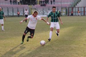 Il centrocampista Stefano Maiorano in azione con la maglia del Messina