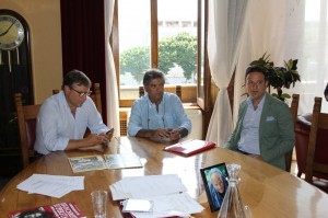Lo Monaco, Patti e Fiumanò nella stanza del sindaco (foto Paolo Furrer)