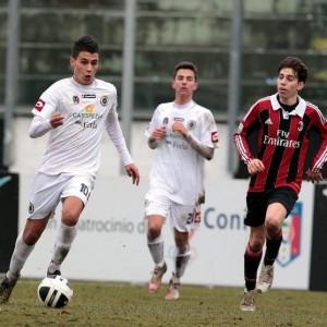 Izzillo in azione nel corso di Milan-Spezia Primavera