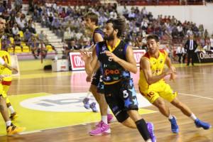In azione nel derby contro la Sigma Barcellona