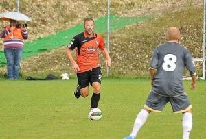 Mirko Stefani in azione con la maglia dell'Arezzo (fonte Amaranto Magazine)