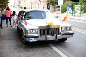 """La limousine a bordo della quale lo """"squalo dello Stretto"""" ha raggiunto il Vittorio Emanuele (foto Giovanni Mazzullo)"""