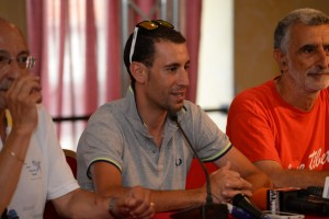 Vincenzo Nibali in conferenza stampa (foto Giovanni Mazzullo)